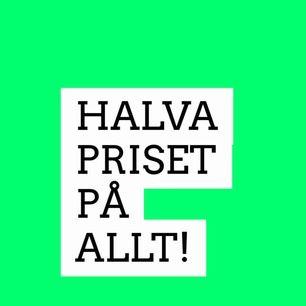 50% PÅ ALLT!   Tre för 2 gäller inte under detta erbjudande. Halva priset tillsvidare. Köpare står för frakt. Kan mötas upp i Kalmar.