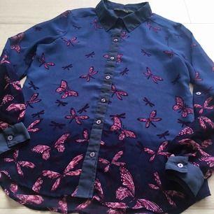 Jättefin skjorta från Originals. Frakt kommer (20kr).