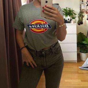 T-shirt från Dickies Herrstorlek S