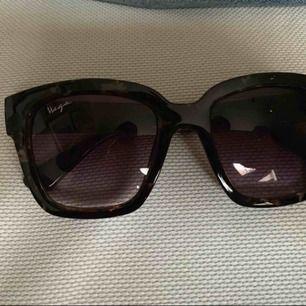 Superfina solglasögon, aldrig använda.