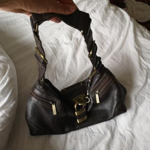 Väl använd men sjukt snygg väska!!