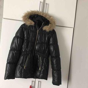 Använde den under 2016-2017, den bara hänger i garderoben utan användning