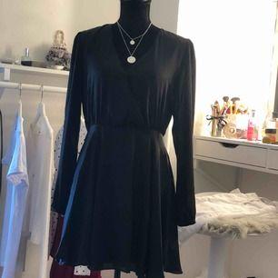 Fin klänning från bikbok  gamla kollektion som inte finns kvar längre