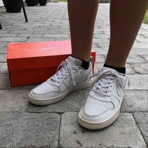 Vita Nike Air