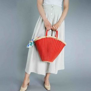Vintage ca 60s plastic and straw basket bag in red A bit creased) Measurements: Width: ca 40 cm; height: 31 cm, depth: 13 cm; handle's height: ca 13 cm, length: 34 cm Free shipping! The price is final. Read full description at our website majorunit.com