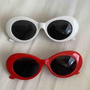 clout glasögon!!!! säljer för 25/st  BARA RÖDA KVAR