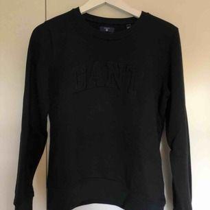 Fin svart tjocktröja från Gant. Kan mötas i linköping eller frakta💞