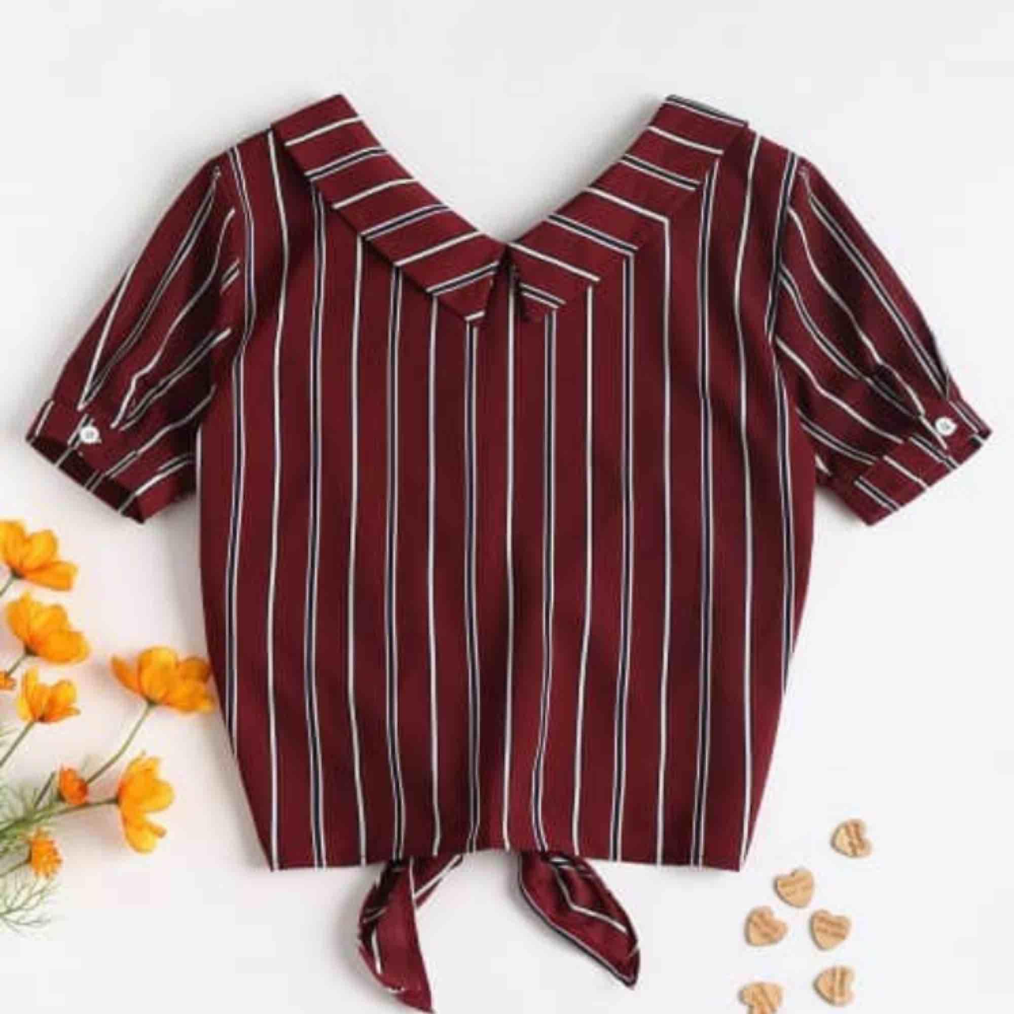 Ascool retro-skjorta från Zaful. Helt oanvänd och är därför i princip ny. Säljer pga kommer inte till användning. Denna skjorta får du för 99kr, frakt tillkommer. Betalas med swish💕☀️ //R. Skjortor.