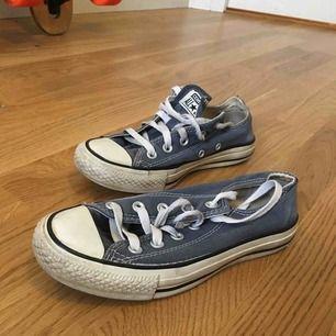Converse, storlek 36, relativt välanvända