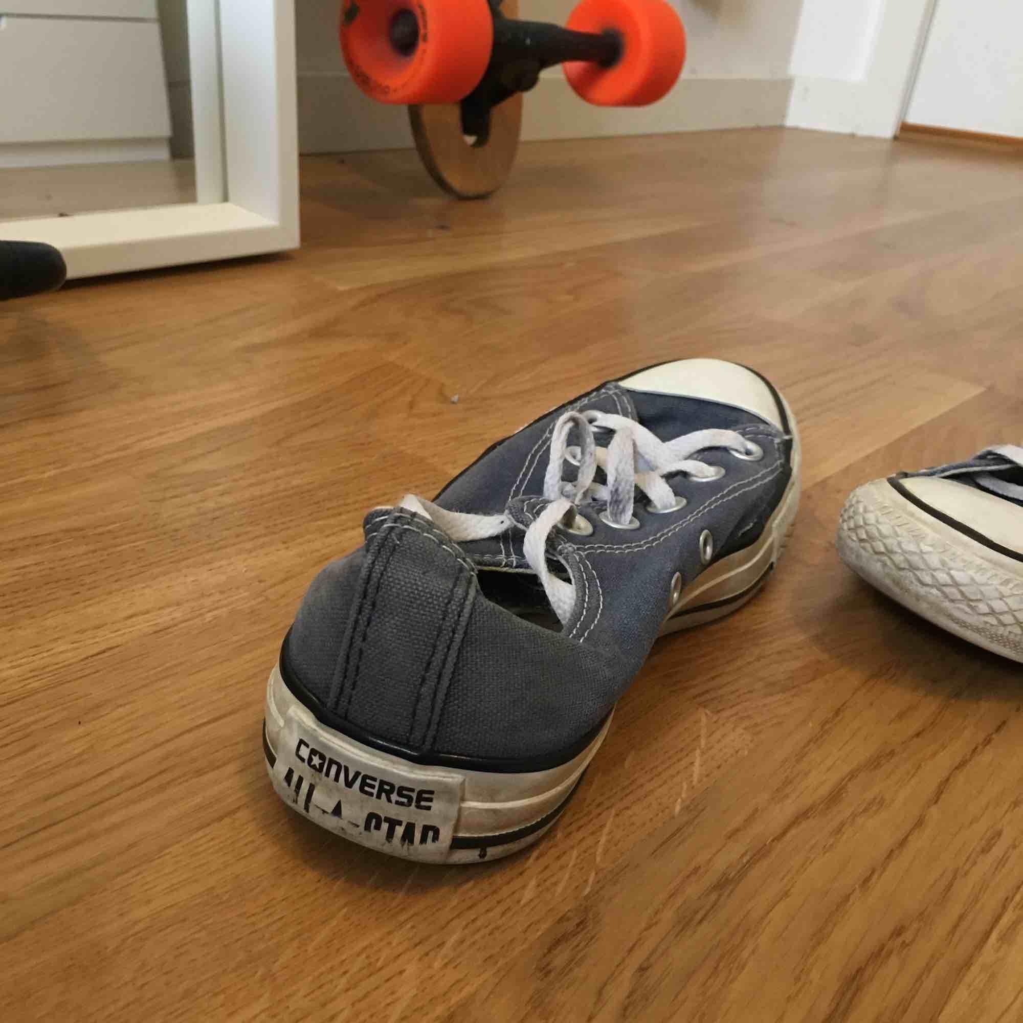 Converse, storlek 36, relativt välanvända . Skor.