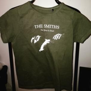 Finaste The Smiths tröjan, står storlek S men skulle nog säga xs egentligen. 70kr + frakt ✨