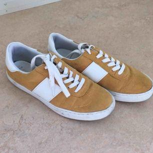 Sneakers från Asos. Använda men i fint skick.