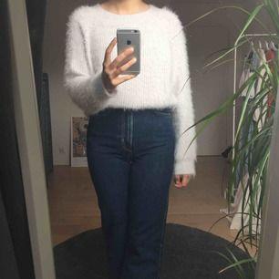 Stickad tröja från Primark. Köpare står för frakt annars går det bra att mötas upp i Lund!