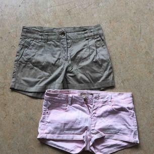 Shorts Båda för 40 kr  Rosa strl 34 Beiga strl 32
