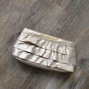 Läcker Victoria secret väska/necessär! Använd några få gånger🌼