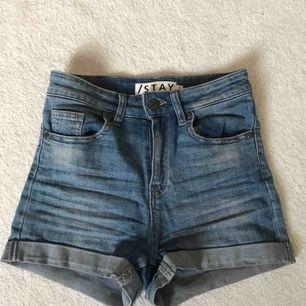 Shorts ifrån Carlings märke STAY