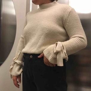 Jätte skön stickad tröja från Gina för 120kr inklusive frakt