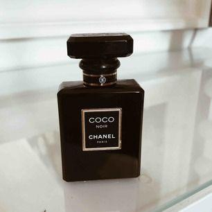 Säljer min Chanel Noir parfym, 35ml. Ursprungspris 865:-  använd flertal gånger