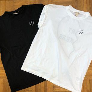 Tshirt set ifrån HM trend. I perfekt skick. Frakt tillkommer 🖤
