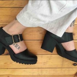 Snygga och sköna skor Vagabond i väldigt fick skick, så gott som nya!  ✨Ta 3 betala för 2 (bil  ligaste på köpet) gäller på alla mina annonser! ✨