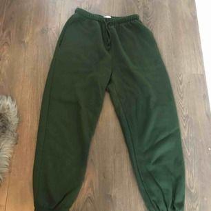 Oversized sweatpants st M