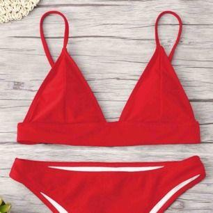 Zaful bikini beställd i storlek M men toppen är som en XS medans underdelen är som en S