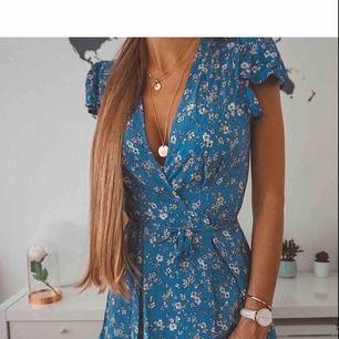 Har denna klänning som är oanvänd!