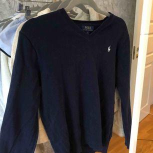 V-ringad tröja från ralp lauren, aldrig använd