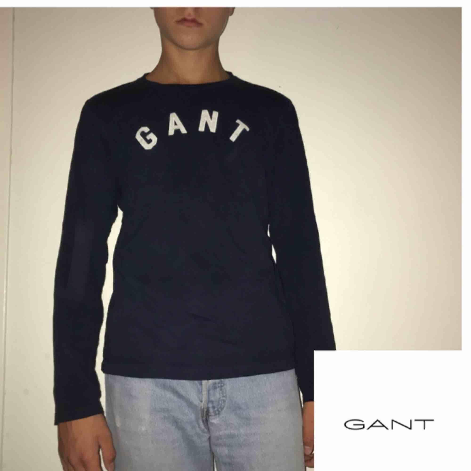 Fin långärmad tunn gant tröja.  passar mellan 160-170 cm lång ungefär (storlek 13/14 år) +frakt 42kr . Tröjor & Koftor.