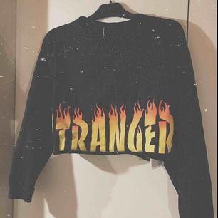 Varm mysig croppad sweatshirt  Frakt tillkommer!