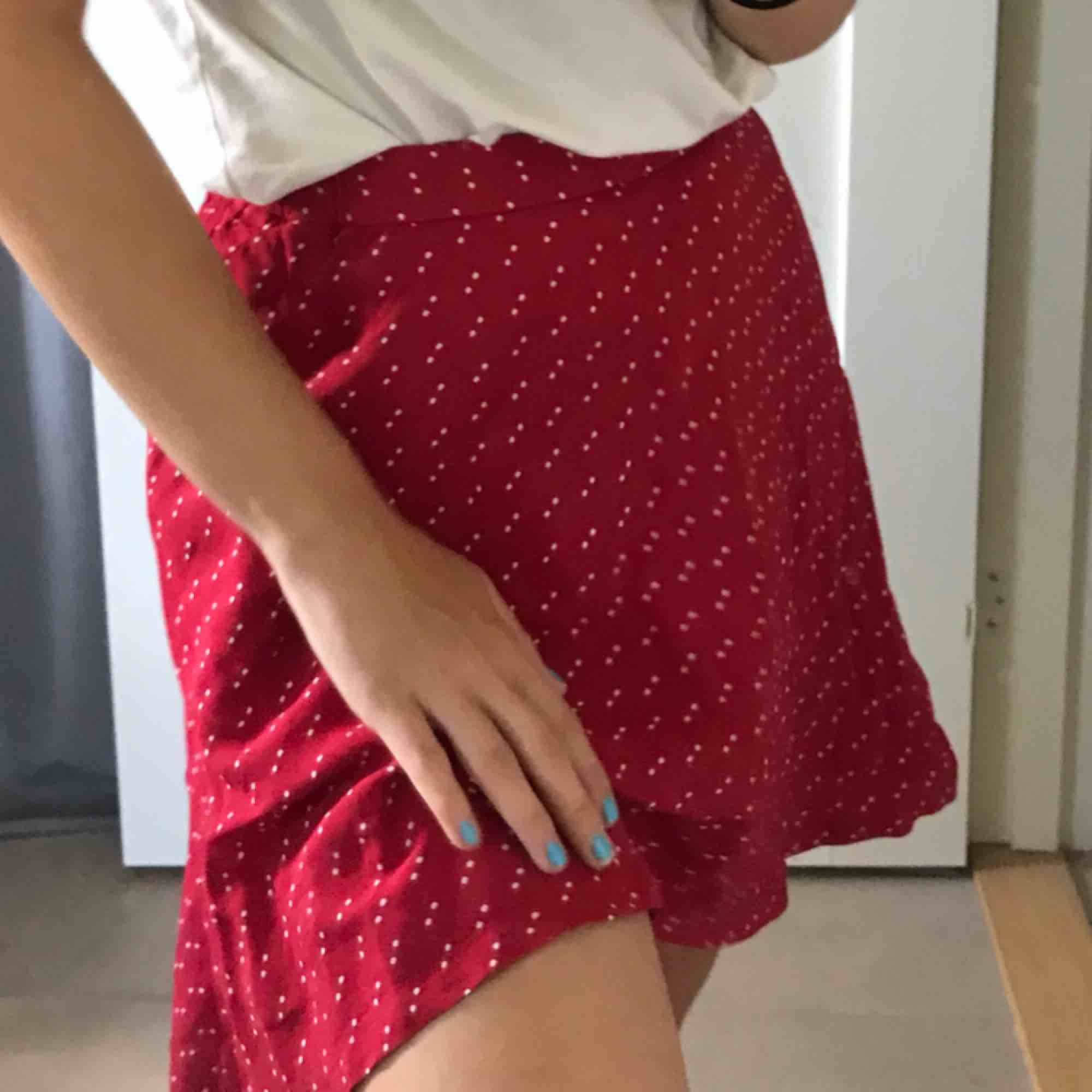 Supersöt kjol som aldrig kommit till användning tyvärr. Kjolar.