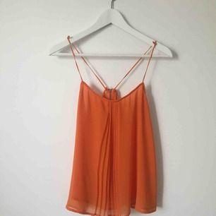 Linne från Zara i en fin orange nyans.