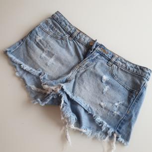 Korta shorts