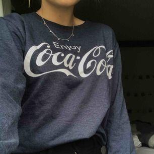 Coca-cola tröja i storlek S Använd ett fåtal gången