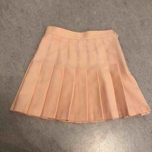 Peach rosa American Apparel kjol 🍑