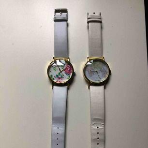 Klockor som tyvärr inte funkar och därför billigt pris, 35kr styck vilket i princip bara utgör fraktkostnad. Jätte gullig detalj