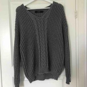 Helt ny jättesnygg tröja från veromoda, sååå mjuk och skön. Köpt för 400kr🌸