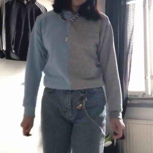 tröja jag själv gjort🦋 lite kort i ärmarna när man sträcker sig ❤️