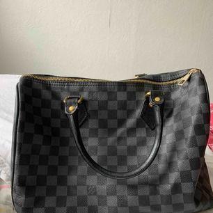 LV väska (fake) ✨