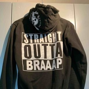 Straight outta braap hoodie, extreme clothing, storlek S