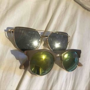 Coola solglasögon, 1 par 50 eller 75 för båda.