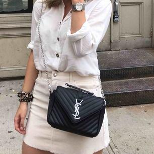 """Säljer min fina """"YSL"""" kopia i fint skick! Toppen skön väska som passa till många outfits och är enkel att ha med."""