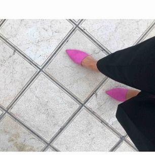 Dom fräschaste skorna från hm!! Älskar dom supermycket men behöver💰💰 så säljer därför nu😊