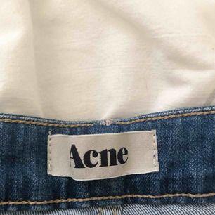 Vintage kort acne jeanskjol XS/S -