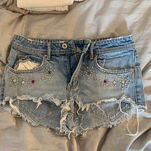 Sjukt snygga shorts från H&M.