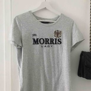 Fin T-shirt från Morris storlek L men passar M också. Nypris 599kr