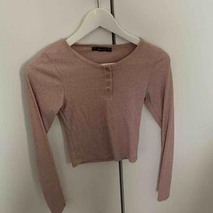 rosa tröja från new yorker storlek XS buda valfritt pris