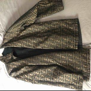 Vintage Fendi jacka. Nypris ca 16-17 000kr