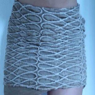 """Gullig kjol från italienskt märke💋Fynd! Tydligen lyxmärke """"piro elisa cavaletti"""""""