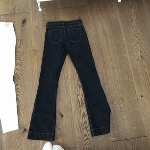 Oanvända bootcut jeans från Cubus  Inköpspris 249